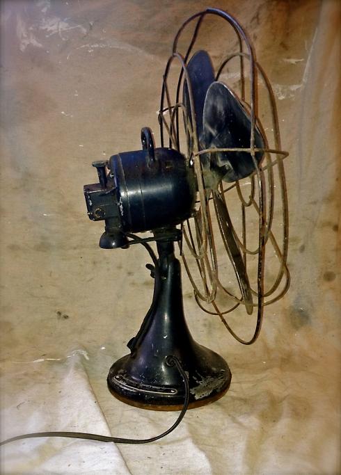Black Fan 3